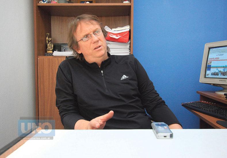 Daniel Enz.Director y periodista del Diario Analisis. Dialogo Abierto