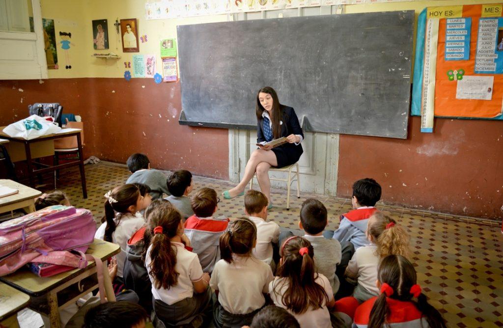 voluntarios-de-la-fundacion-nber-organizaron-jornadas-de-lectura-en-escuelas-primarias2
