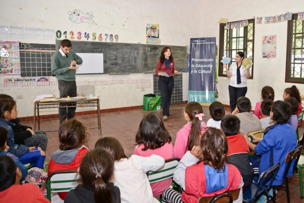voluntarios-de-la-fundacion-nber-organizaron-jornadas-de-lectura-en-escuelas-primarias4