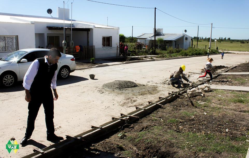 intenso-trabajo-de-limpieza-y-mantenimiento-de-calles3
