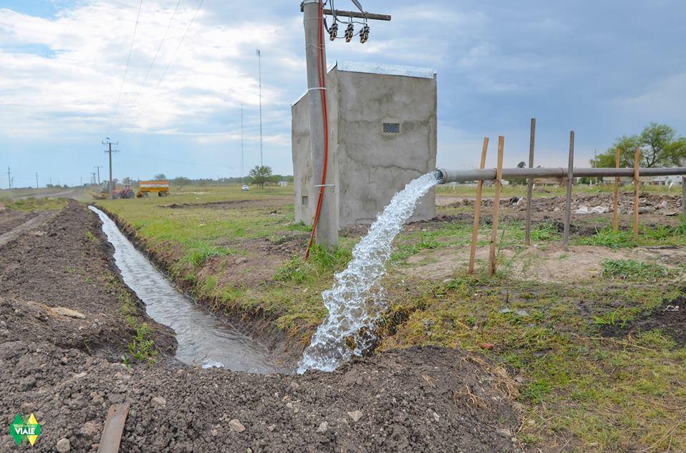 Viale realizar n el purgado y limpieza de grava en el for Limpieza de pozos de agua